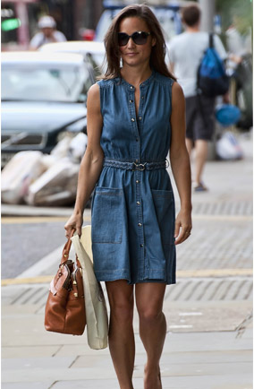 Also been photographed recently wearing the alex dress from whistles