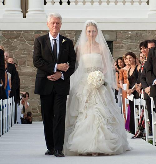 Chelsea Clinton in Vera Wang