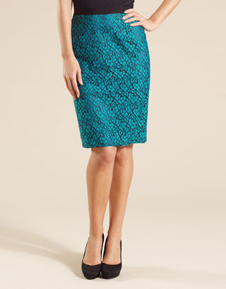 2da54b10b0c T Lolita Lace Skirt Was £55.00