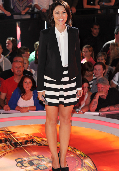 emma-willis-monochrome-trend-celebrity-fashion-style-outfits-pictures-23-08-2013-png_125344