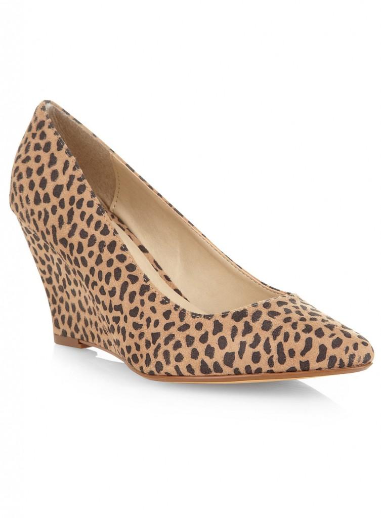 Evans Leopard Print Point Court Shoes     Was £35.00     Now £20.00 click to visit Evans