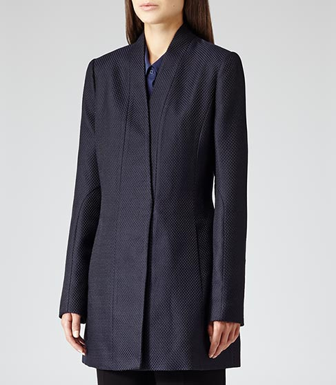 Delaney Textured TEXTURED FITTED COAT BLACK/NAVY £295 NOW £195 click to visit Reiss