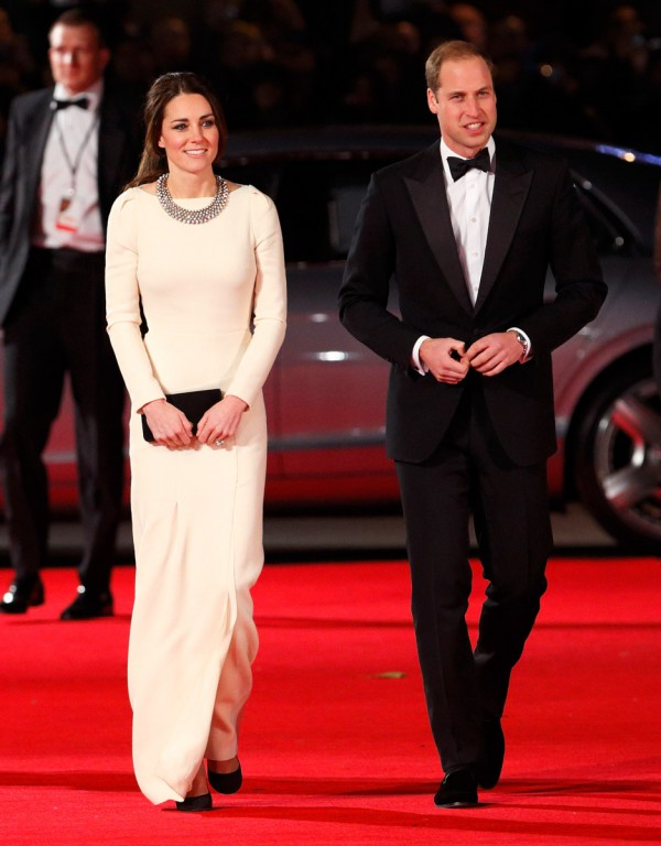 Kate-Middleton-Roland-Mouret-Zara-600x768