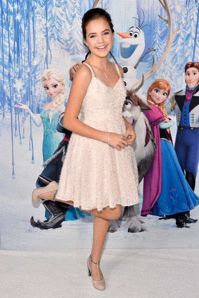 Bailee+Madison+Frozen+Premieres+Hollywood+JIHxlOJYA7Il