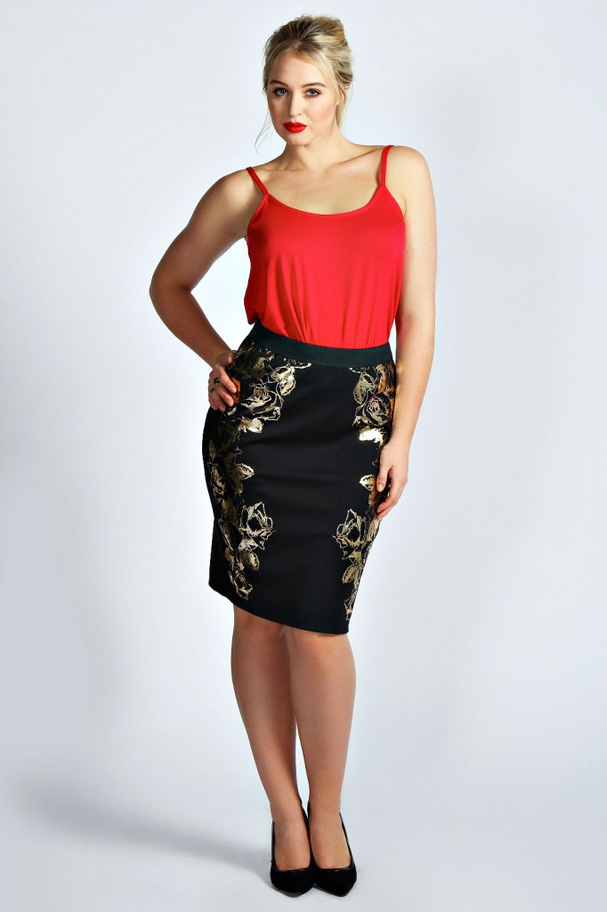 Mia Gold Roses Foil Skirt Product code: pzz99992 £15.00 click to visit Boohoo