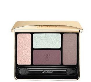 Écrin 4 Couleurs Eyeshadow Palette £38 click to visit Selfridges