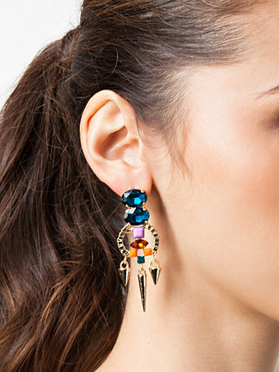 NLY Accessories Looking Fab Earrings £12.95 click to visit Nelly