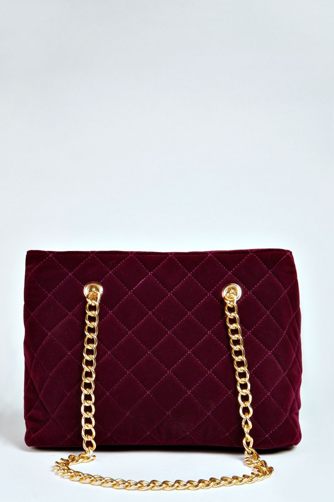 Stella Quilted Velvet Chain Strap Bucket Bag £20 click to visit Boohoo