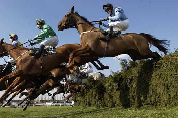 image-4-nostalgia-a-look-back-at-the-grand-national-pics-mirrorpix-164049995-3005519