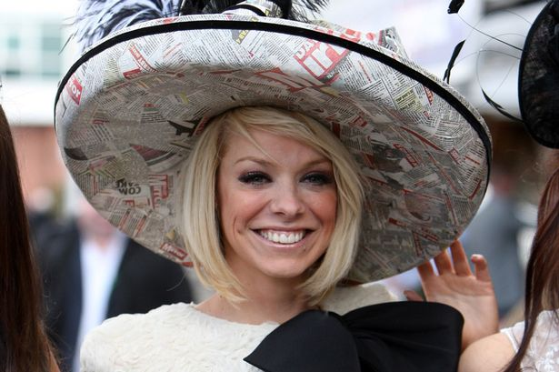 Ladies-Day-at-the-2013-John-Smiths-Grand-National-Meeting-at-Aintree-1813165