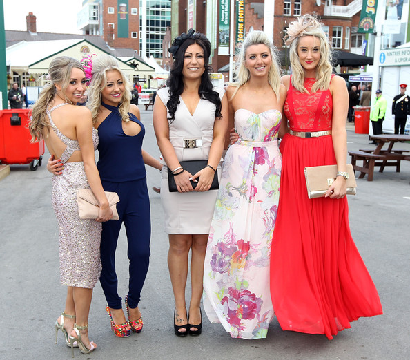 Racegoers+Enjoy+Ladies+Day+Aintree+D_zIRu3qBW2l