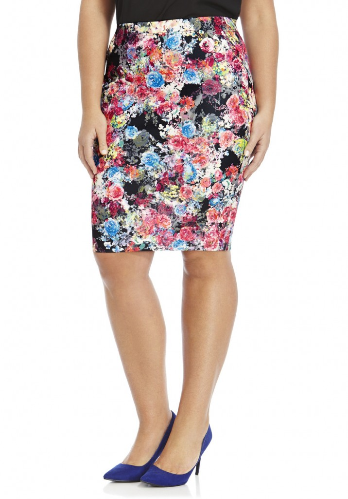 F&F True Floral Scuba Plus Size Pencil Skirt   Read 1 Review Write a Review £18.00 click to visit F&F Clothing