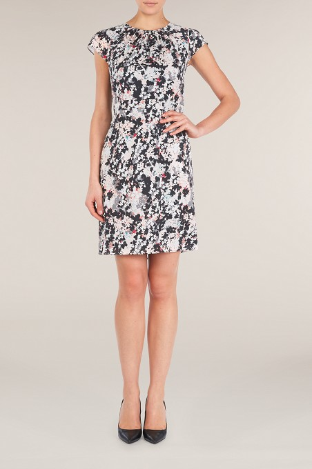 Isla Print Day Dress Item No 060/032257/244 / Price £89.00 click to visit Kaliko Fashion