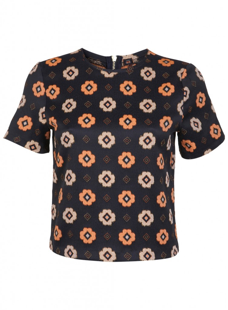 Gio Jacquard T Shirt     Price: £35.00 click to visit Miss Selfridge