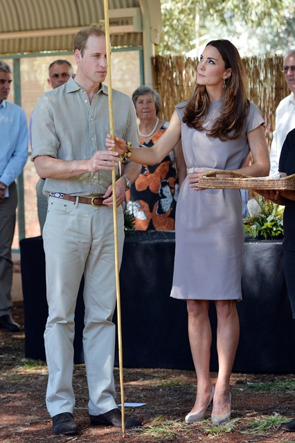duchess-of-cambridge-1-vogue-22apr14-getty_b_426x639