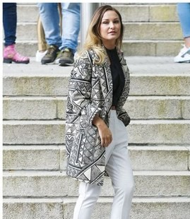 sam-faiers-and-m-and-s-abstract-print-coat-gallery