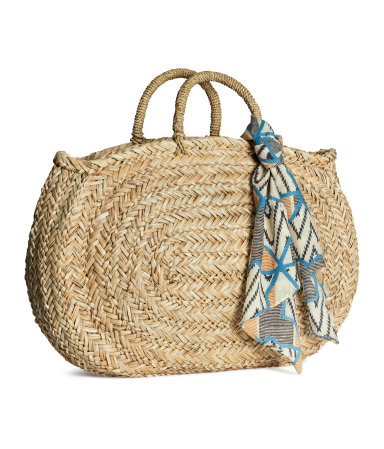Straw bag £24.99 click to visit H&M