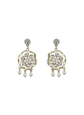Millie Pearl Drop Earrings     Price: £10.00 click to visit Dorothy Perkins