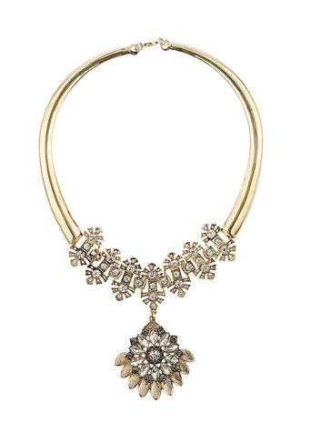 Millie Flower Short Necklace     Price: £25.00 click to visit Dorothy Perkins