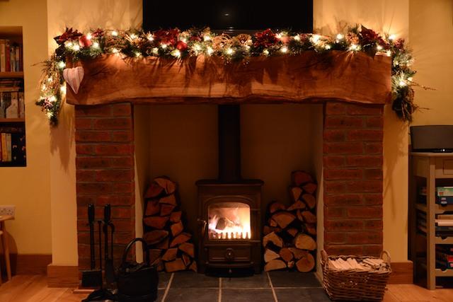 Christmas-Inglenook-Fireplace