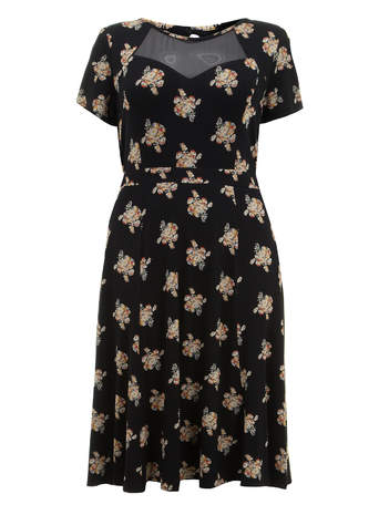 Scarlett & Jo Black Floral Print Midi Dress     Price: £45.00 click to visit Evans