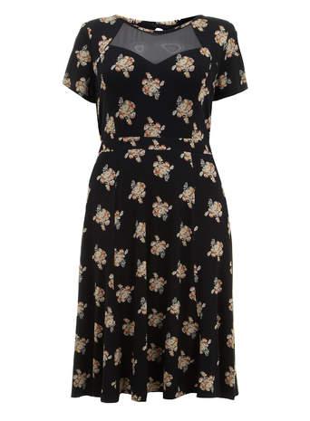 Scarlett & Jo Black Floral Print Midi Dress     Price: £45.00 click to visit Evans