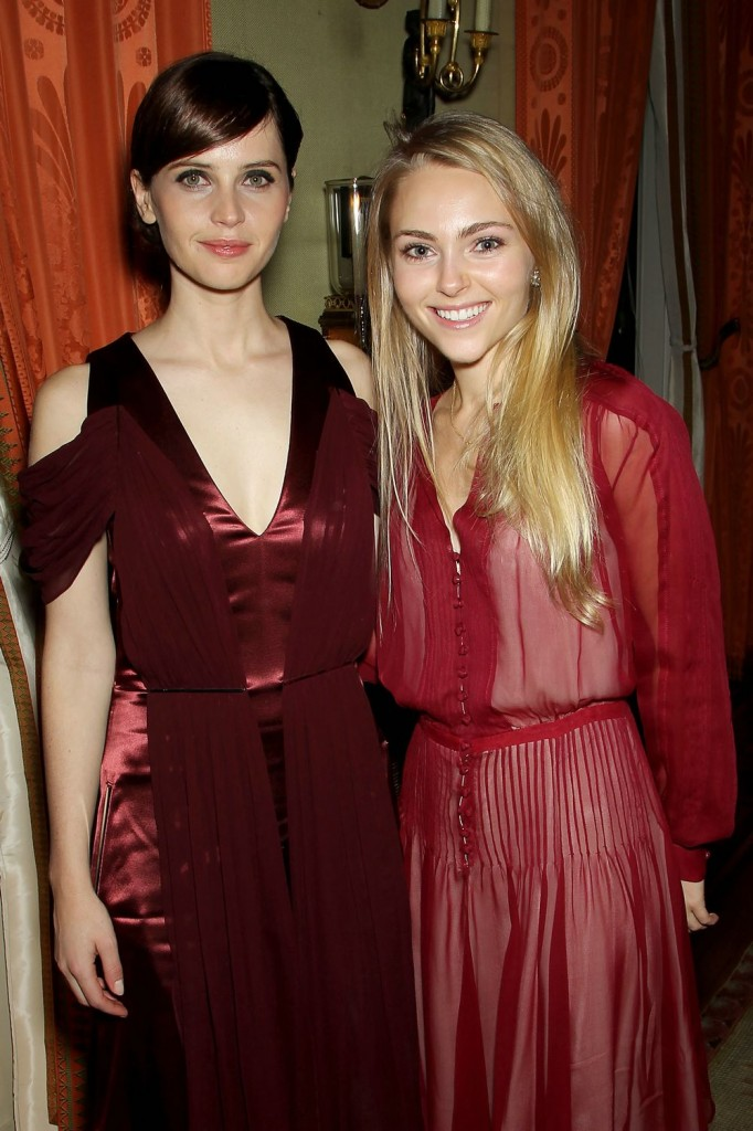 With Anna Sophia Robb