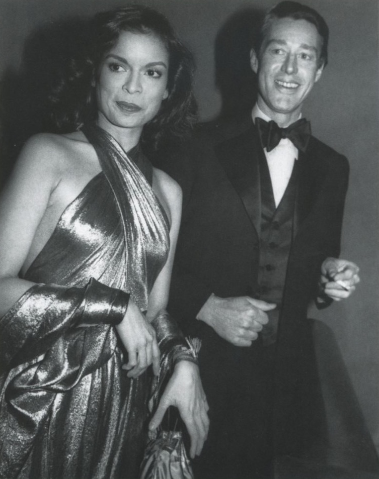 Halston-and-Bianca-Jagger-