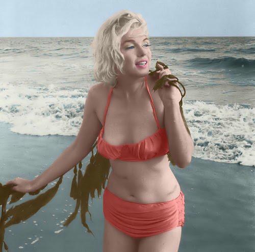Marilyn_Bikini