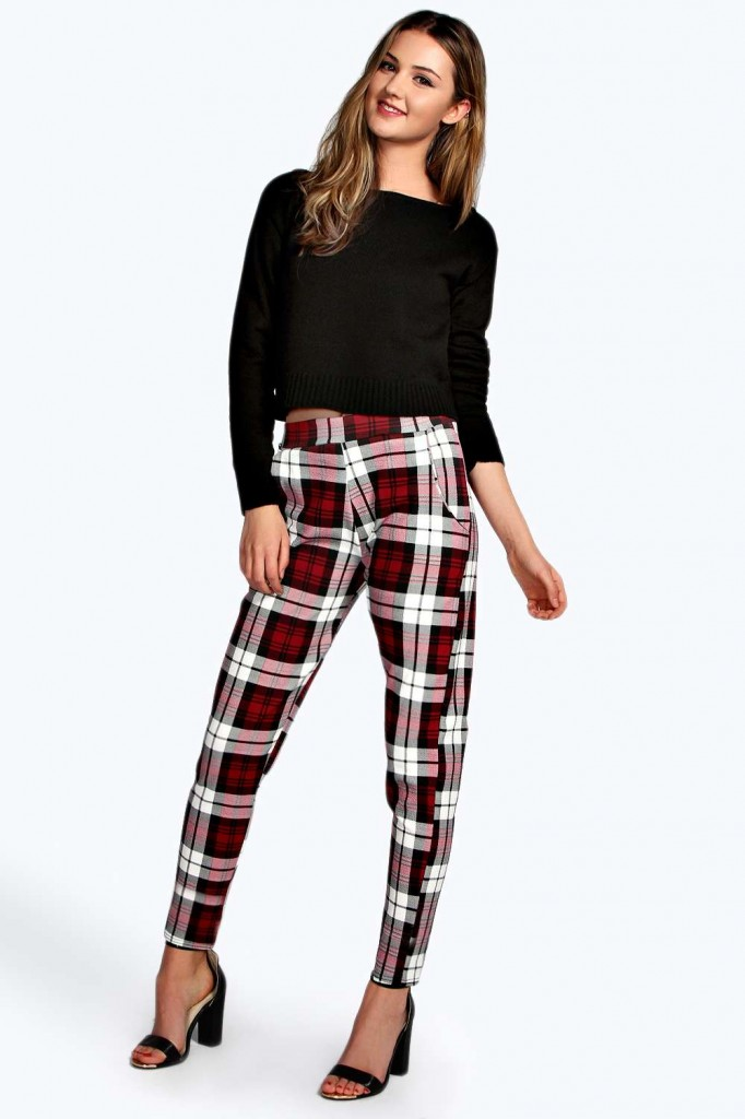 Louisa Crepe Tartan Check Tapered Trousers Product code: azz13750 £15.00   Be the first to Write a Review Size Guide click to visit Boohoo