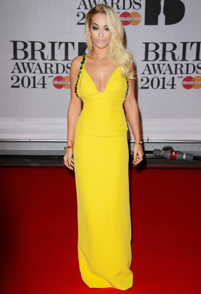 rita-ora-brit-awards-2014-01