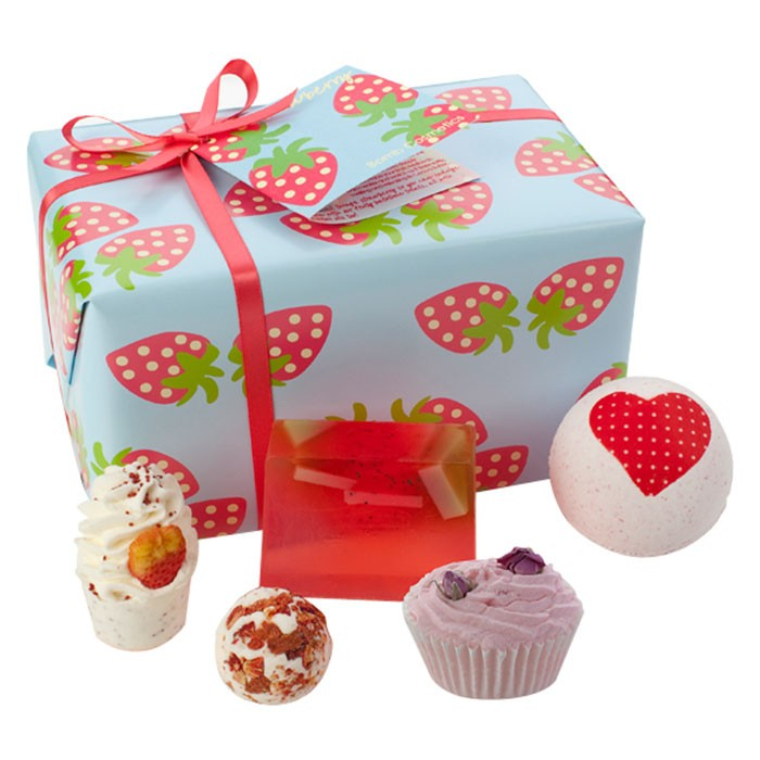 Strawberry Patch Bath Bomb Gift Pack £12.99 click to visit Toxicfox