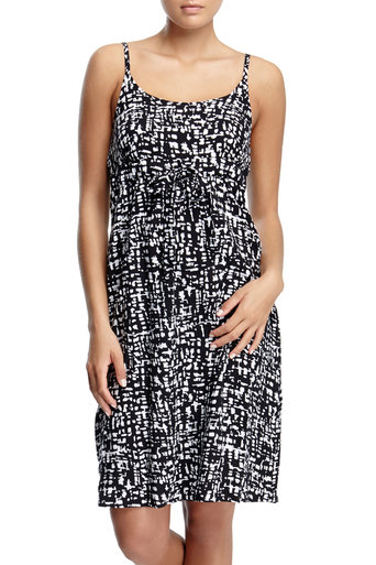 Black and White Graphic Print Dress     Price: £20.00 click to visit Wallis
