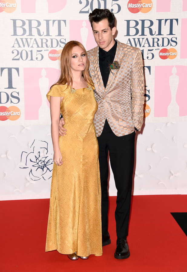 music-brit-awards-2015-mark-ronson-and-josephine-de-la-baume
