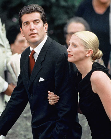 12. carolyn bessette kennedy jfk jr