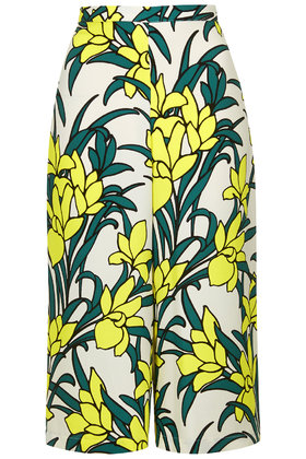 Tulip Print Culottes £34 click to visit Topshop
