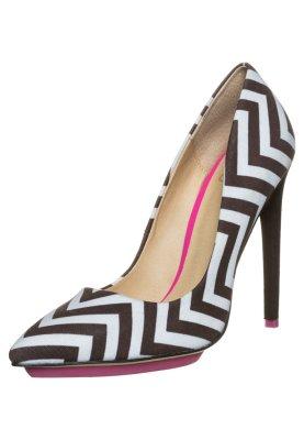 gx by Gwen Stefani AXTON - Classic heels - schwarz/weiß £85 click to visit Zalando