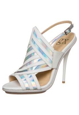 gx by Gwen Stefani ABBOT - Sandals - white/indescent £110 click to visit Zalando