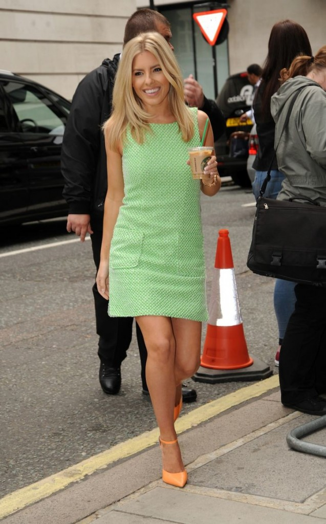 mollie-king-shift-dress-w724