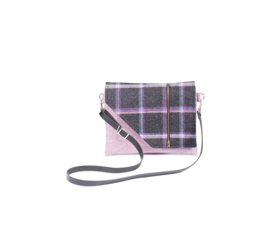 Tweed Factor - Pink £75 click to visit Scotsburn Croft