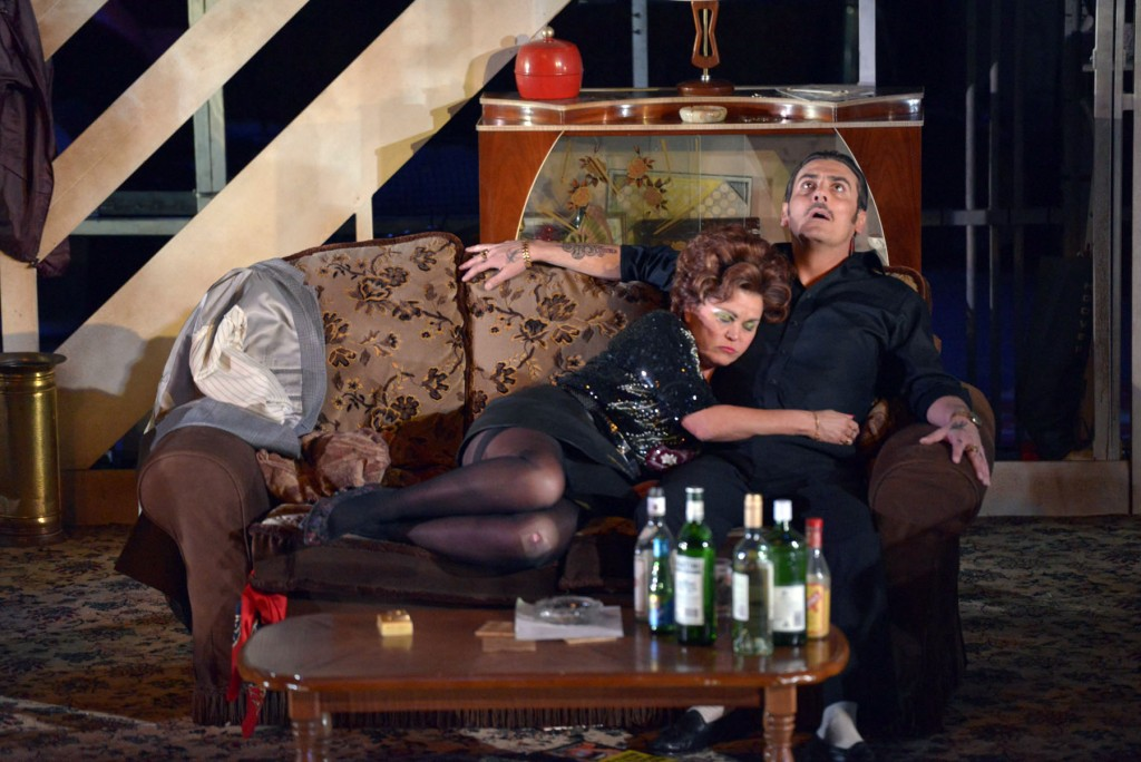 Vicky Entwistle as Mari and Chris Gascoyne as Ray Say in The Rise And Fa...