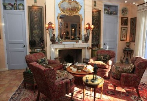 antique-chairs-living-room