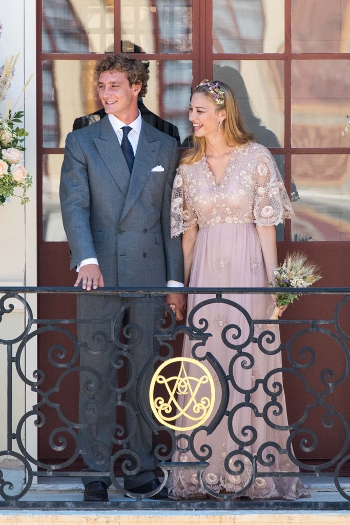 Beatrice-Borromeo-Valentino-Pink-Wedding-Dress