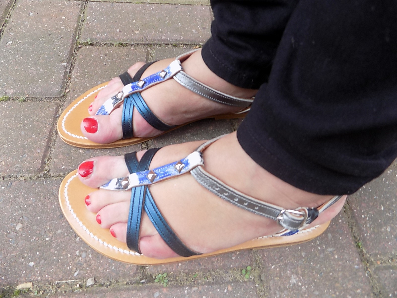 5f3182a4cebbc2 I think these are just gorgeous and I know I will be wearing them as long  as the weather allows