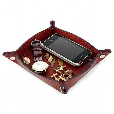 Leather Clutter Trays     £19.99 click to visit Qwerkity