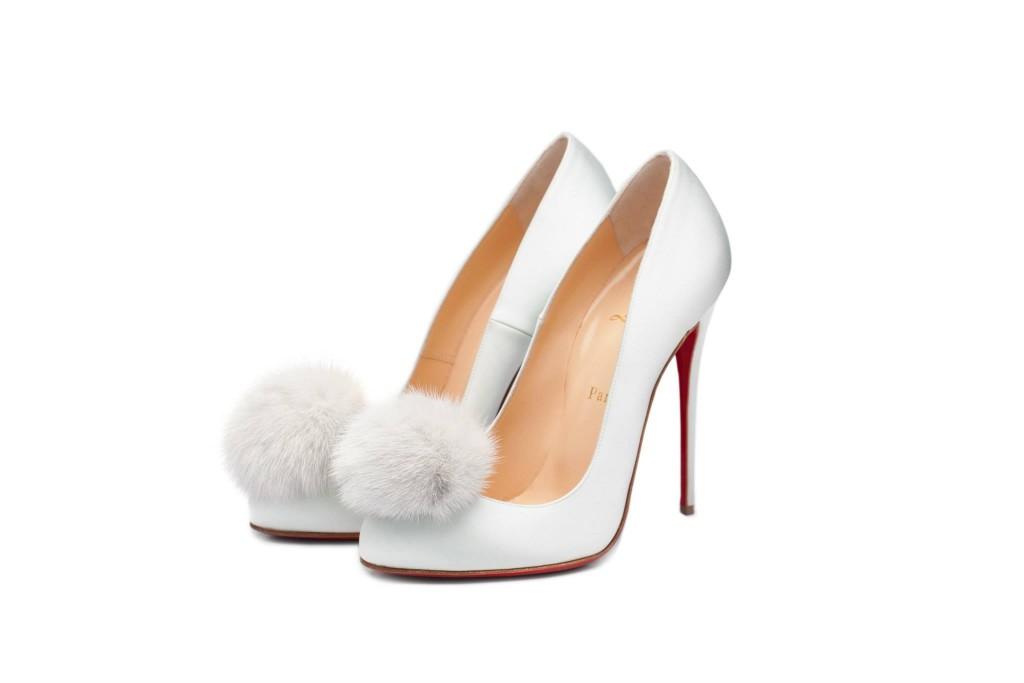 Christian_Louboutin_Fur_pompom_shoes_Ulyana_Sergeenko