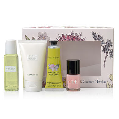 Crabtree & Evelyn Pampering Gift Set £14.99 Click to visit Qwerkity