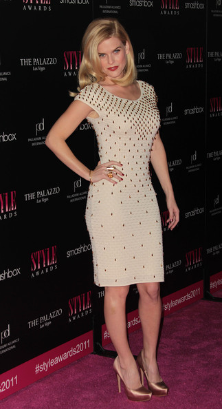Alice+Eve+2011+Hollywood+Style+Awards+Arrivals+nOpDh5EOh-kl