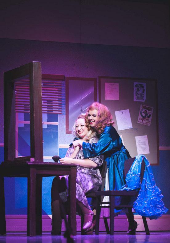 Rebecca Haydon & Lexie Bennett - Photo Credit Natasha Bennett New Era Photography