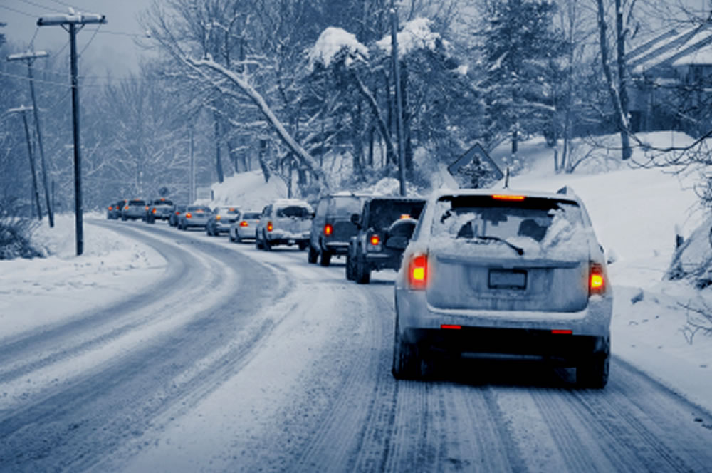 young-drivers-winter-driving-site-image-1